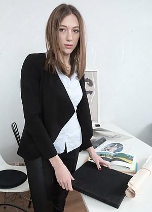 Free Secretary Porn Photos