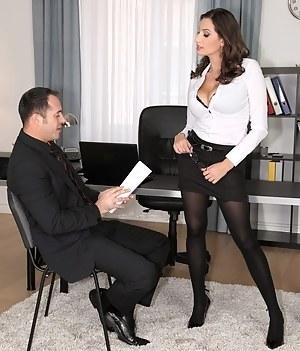 Free Boss Porn Photos