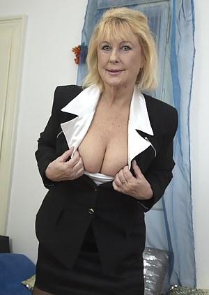 Free Blonde Porn Photos
