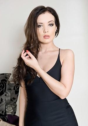 Free Dress Porn Photos